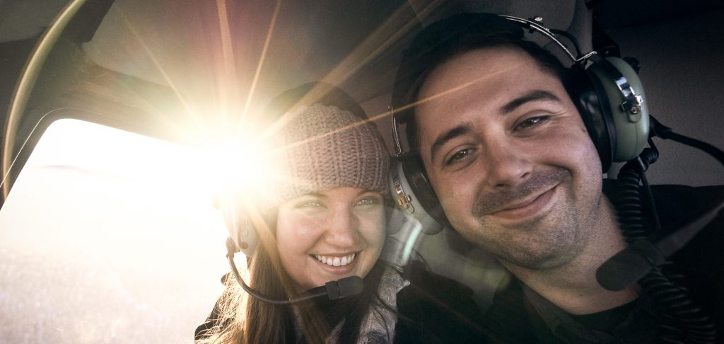 Helicopter Tours couple
