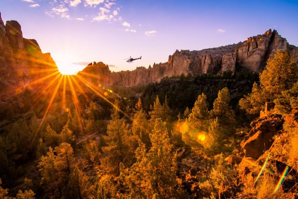 scenic tours cascade sunset views as well as Crooked River Canyon beauty.